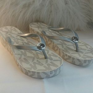 Michael Kors Wedges Sandals Thongs Flip Flops